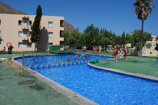 BelleVue Club: La mejor piscina, la mas pequña