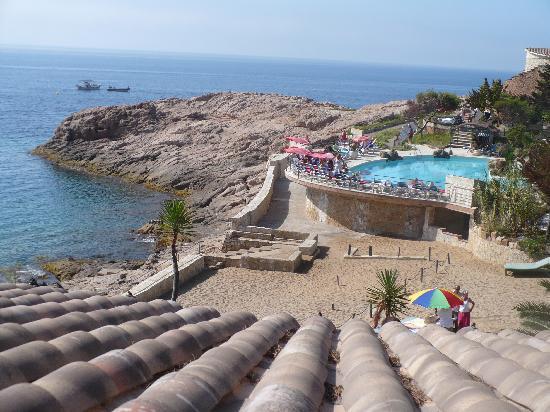 Hotel Eden Roc by Brava Hoteles: L'accès à la mer