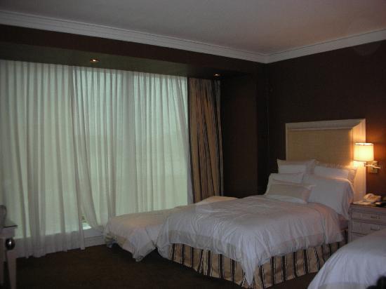 โรงแรมวินน์ มาเก๊า: bedroom with xtra bed