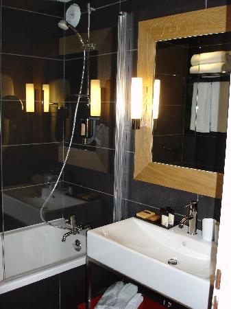 Le Refuge des Aiglons: Bathroom
