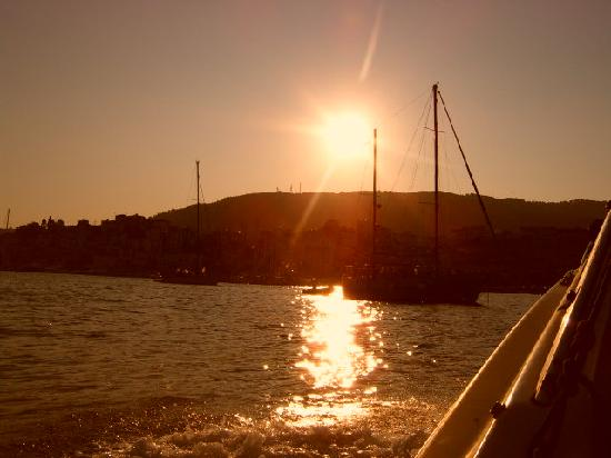Oasis: Sunset over Skiathos port