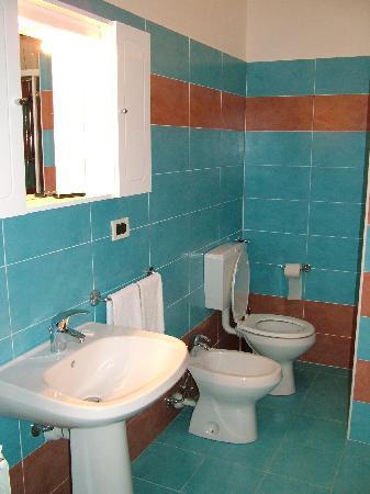 Hotel Globo & Suite Sanremo: Bagno 2