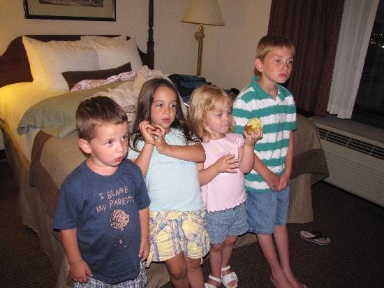"Wingate by Wyndham Charleston: ""Kids enjoying watching TV"""