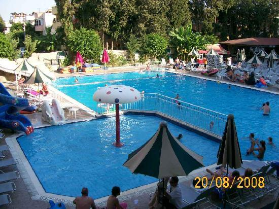 Club Alize: the pool