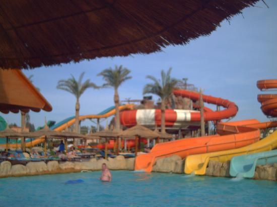 Aqua Blu Sharm: water slides
