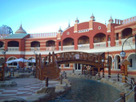Aqua Blu Sharm: canal