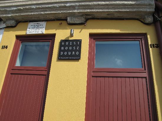 Guest House Douro: Particolare facciata