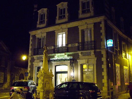 Best Western Hotel D'Angleterre: Esterno notturno
