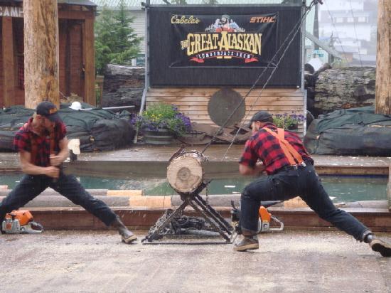 เคตชิคาน, อลาสกา: Great Alaskan Lumberjack Show