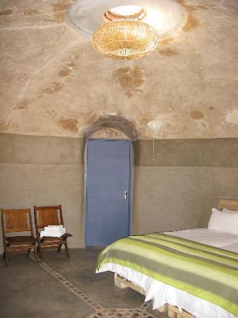 Camp Kipwe: Igloo shaped room