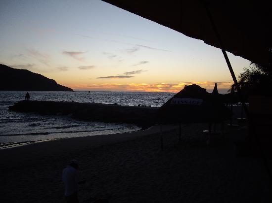 Estrella Del Mar Resort Mazatlan: Sunset from Pancho's