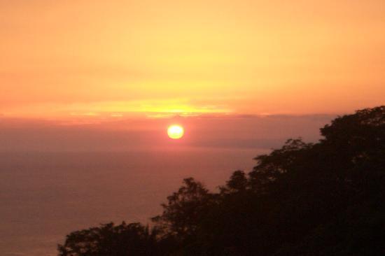 Villa Manuel Antonio: sunset