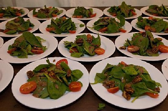 Inn at Pleasant Lake: Spinach Salad