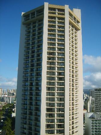 Hyatt Regency Waikiki Resort & Spa: picture of hotel tower