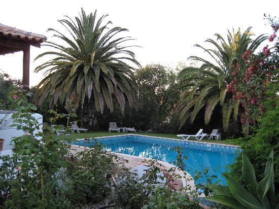 Casa Ferrobo: The pool