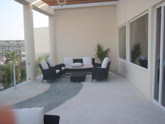 Azul Beach Resort & TUI Sensatori Resort Riviera Cancun: Azul Sensatiru Aug 09