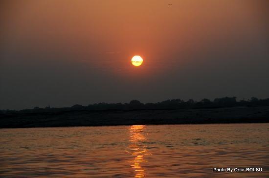 อินเดีย: Ganj Sunrise