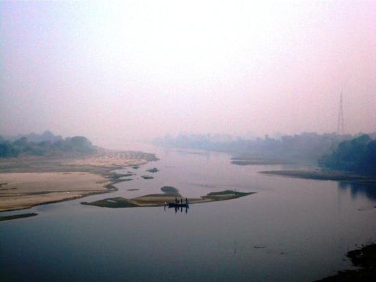 อักกรา, อินเดีย: Yamuna