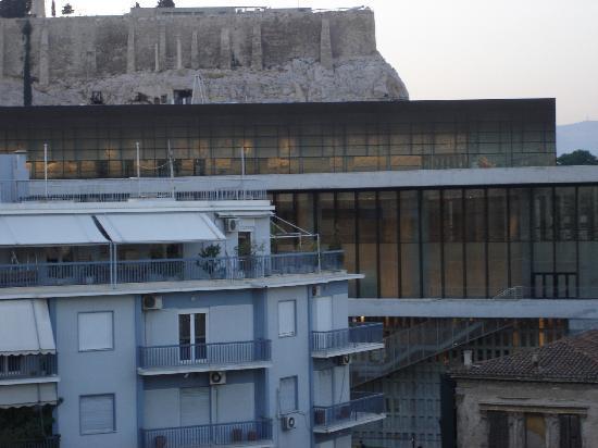 Hera Hotel: Acropolis from Hera rooftop restaurant