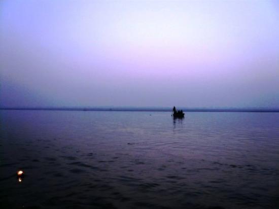 พาราณสี, อินเดีย: sunrise