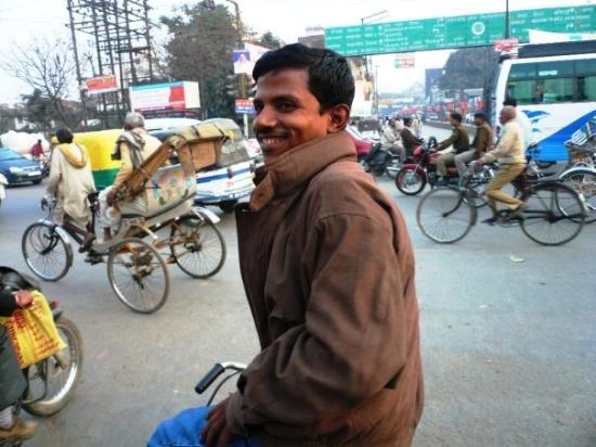 พาราณสี, อินเดีย: Raju