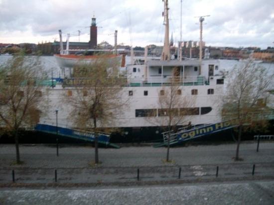 สตอกโฮล์ม, สวีเดน: our pad lol