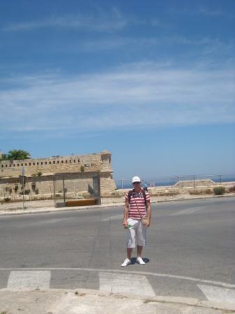 วัลเลตตา, มอลตา: Ve Vallettě před pevností St. Elmo