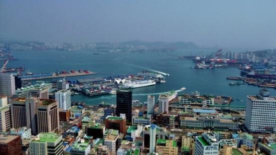 ปูซาน, เกาหลีใต้: Der Hafen von Busan
