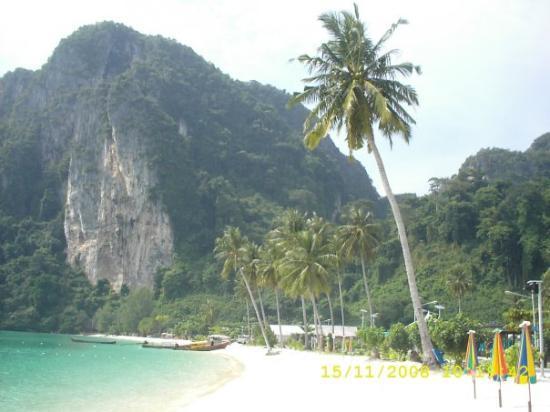 เกาะพีพีดอน, ไทย: Payas de Phi Phi  en el mar de Andaman, al sur de Tailandia.