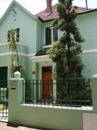 Vicente Lopez, อาร์เจนตินา: Mi casa de la calle Salta y Acasusso, en La Lucila..mis primeros pasitos, palabras y canciones..