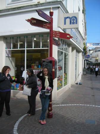 เจอร์ซีย์, UK: In town, St Helier