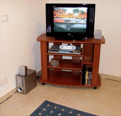 Badolato, อิตาลี: TV and home conema  Jan 2008
