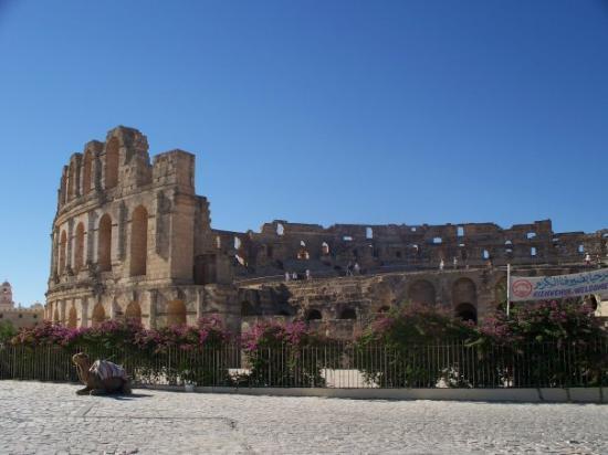 El Jem Amphitheatre: El Jem