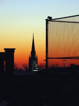 ชาร์ลสตัน, เซาท์แคโรไลนา: Sunset in Charleston. Charleston has been named one of the top ten destinations in US.
