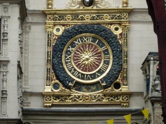 Rue du Gros Horloge Photo