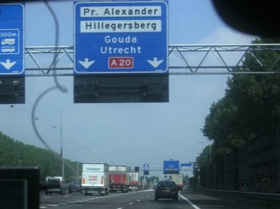 เกาดา, เนเธอร์แลนด์: On the road...