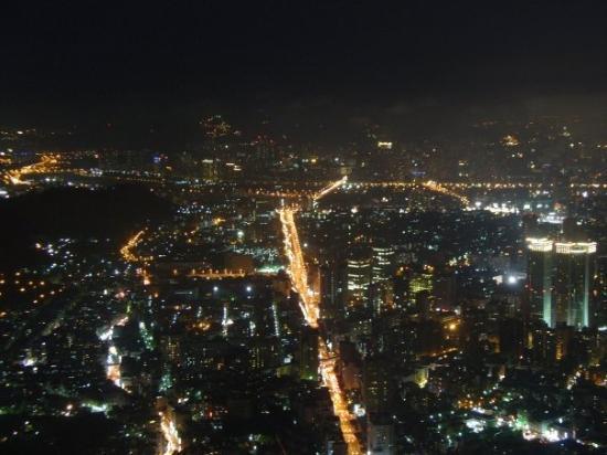 ไทเป, ไต้หวัน: 台灣夜景三