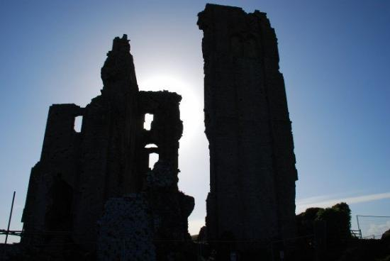 20070519 Corfe Castle... I love this picture very much.