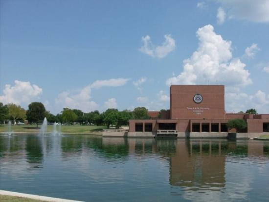 """Commerce, TX: Performing Arts Building and """"duck pond"""" w/ fountains"""