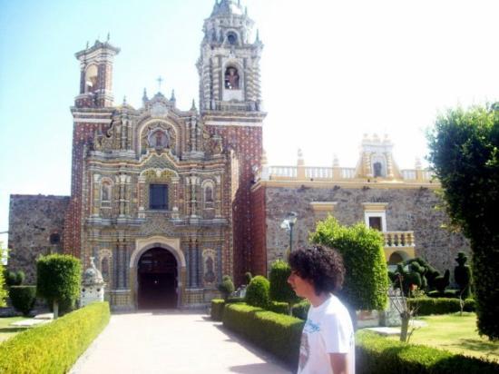 San Pedro Cholula, เม็กซิโก: las mil & una iglesias d aia =9