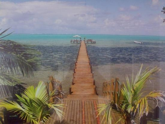 Nosy Boraha, มาดากัสการ์: I am not quite sure whether this pier is still existing after May 2006 and the folllowing cyclon