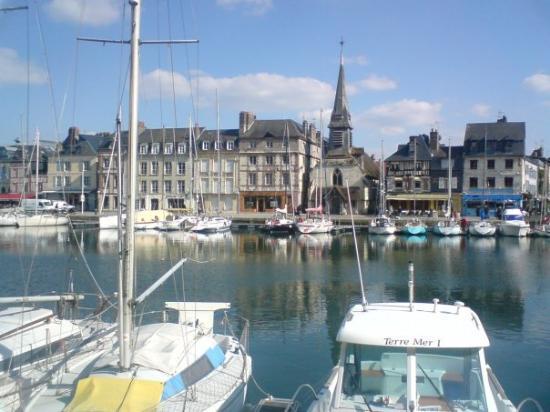 Pont de Normandie: Honfleur, Normandie
