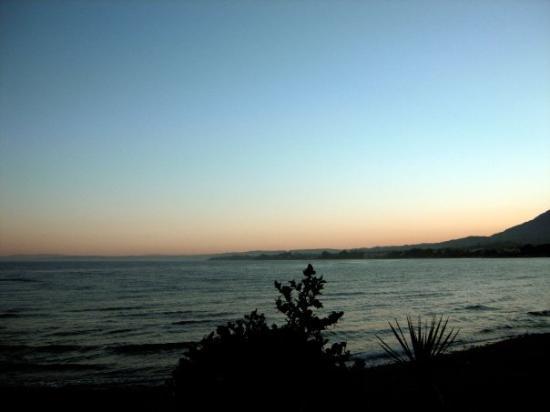 เอสเตโปนา, สเปน: Sunset in Estepano by Tikitano restaurant Costa Del Sol, Spain - July 2009