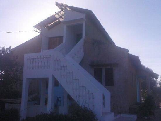 Kafountine, เซเนกัล: Ann och Steve's (grannarnas) hus