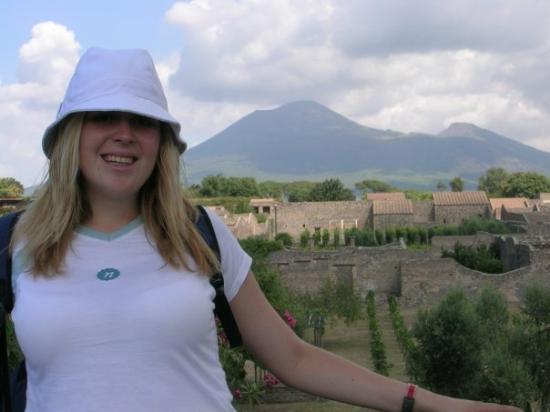 Pompeii, อิตาลี: A POMPEI!!!!! Amb el Vesubi de fons!!!