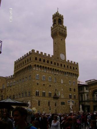 ปิเอซ่า เดลลา ซินญอเรีย: Piazza della Signoria