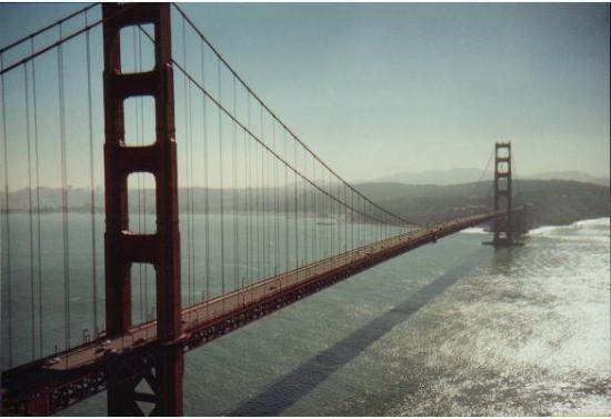 สะพานโกลเดนเกท: Golden Gate Bridge, CA