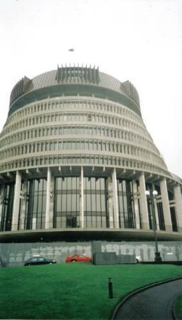 เวลลิงตัน, นิวซีแลนด์: The 'Beehive' New Zealand Parliament
