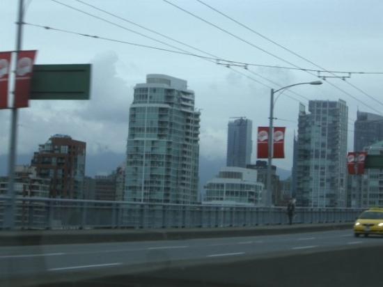 แวนคูเวอร์, แคนาดา: Vancouver, Canada we went right through it!