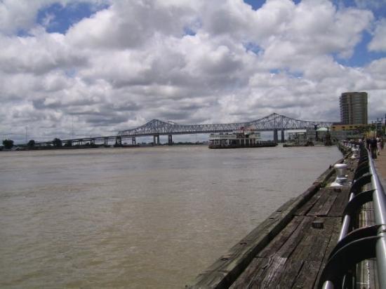 นิวออร์ลีนส์, หลุยเซียน่า: Mississipi river
